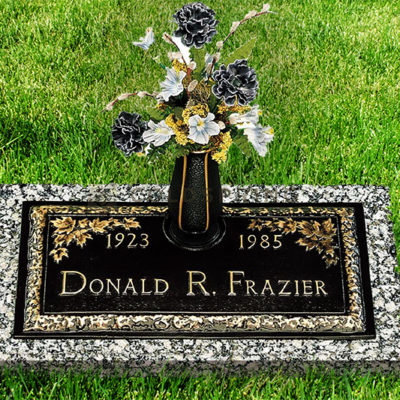 DRF_Bronze_headstone_1_Gallery0